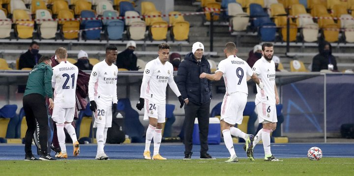 'I won't resign'- Zinedine Zidane insists after Shakhtar Donetsk complete shock 2-0 win over Real Madrid || PEAKVIBEZ